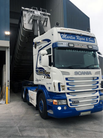 large-bulk-tipper-transportation-martin-ryan-haulage